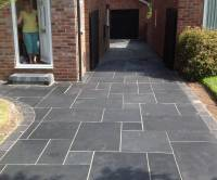 Black Limestone with Cobble Edge
